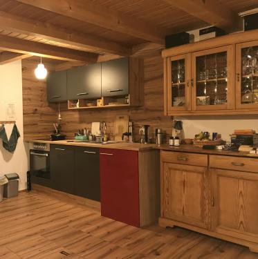 4 Hütte 373 x 375